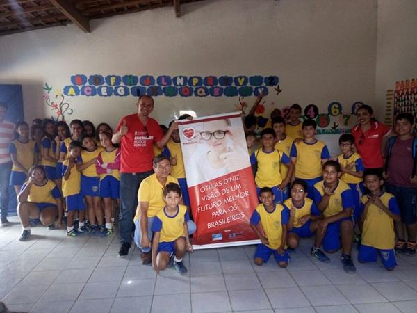7db9cb26b9520 João Câmara  Ótica Diniz realizará distribuição de óculos gratuitos para as  crianças do programa AABB Comunidade.